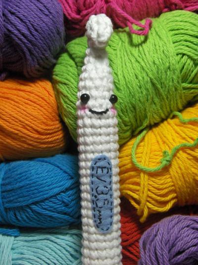 amigurumi_crochet_hook_pattern_nerdigurumi.png